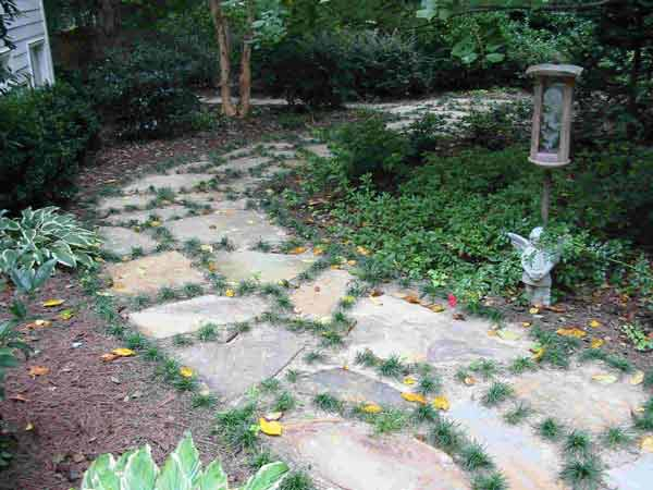 walkways and paths invite us to interact with our gardens - Flagstone Walkway Design Ideas